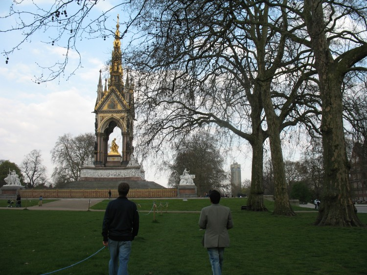 Mike and Anand at Albert Memorial